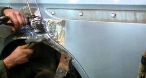 Ремонт алюминиевых дверей автомобиля